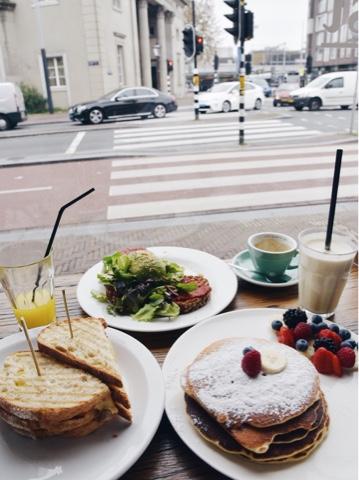 the breakfast club amsterdam en trois jours bonne adresse brunch blog voyage lifestyle lucileinwonderland
